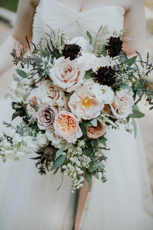 pluie d id es fleuries les bouquets les plus bucoliques pour un mariage fantastique le blog. Black Bedroom Furniture Sets. Home Design Ideas