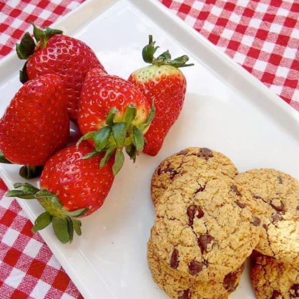 Fragole e biscotti