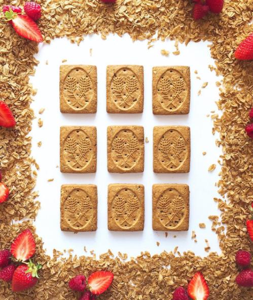 Colazione creativa con biscotti