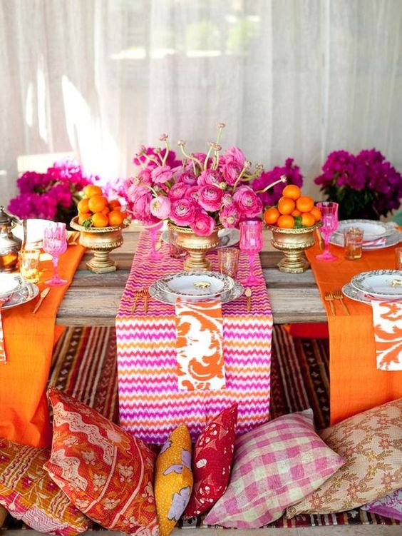 Idee decorazione tavolo in giardino