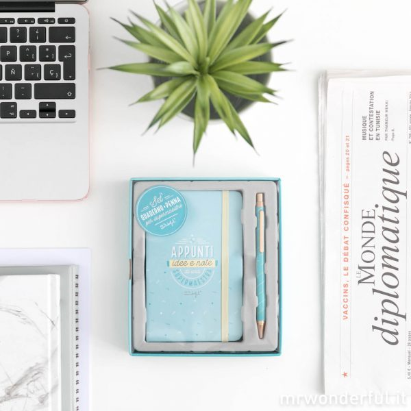 Quaderno per appunti con penna per maestra mr. wonderful 2019