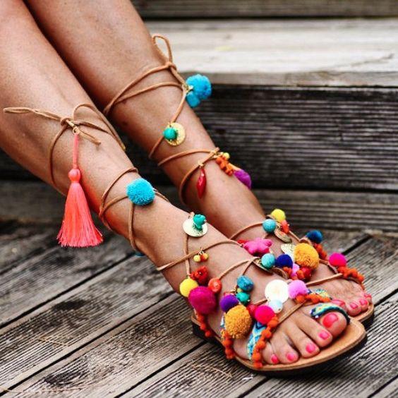 Chegou a moda dos pompons! Vais dar bola a esta tendência?