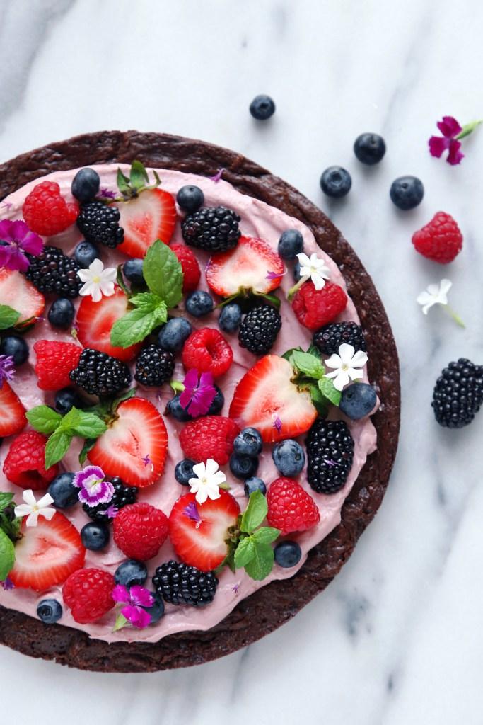 Pizza brownie cmo frutas