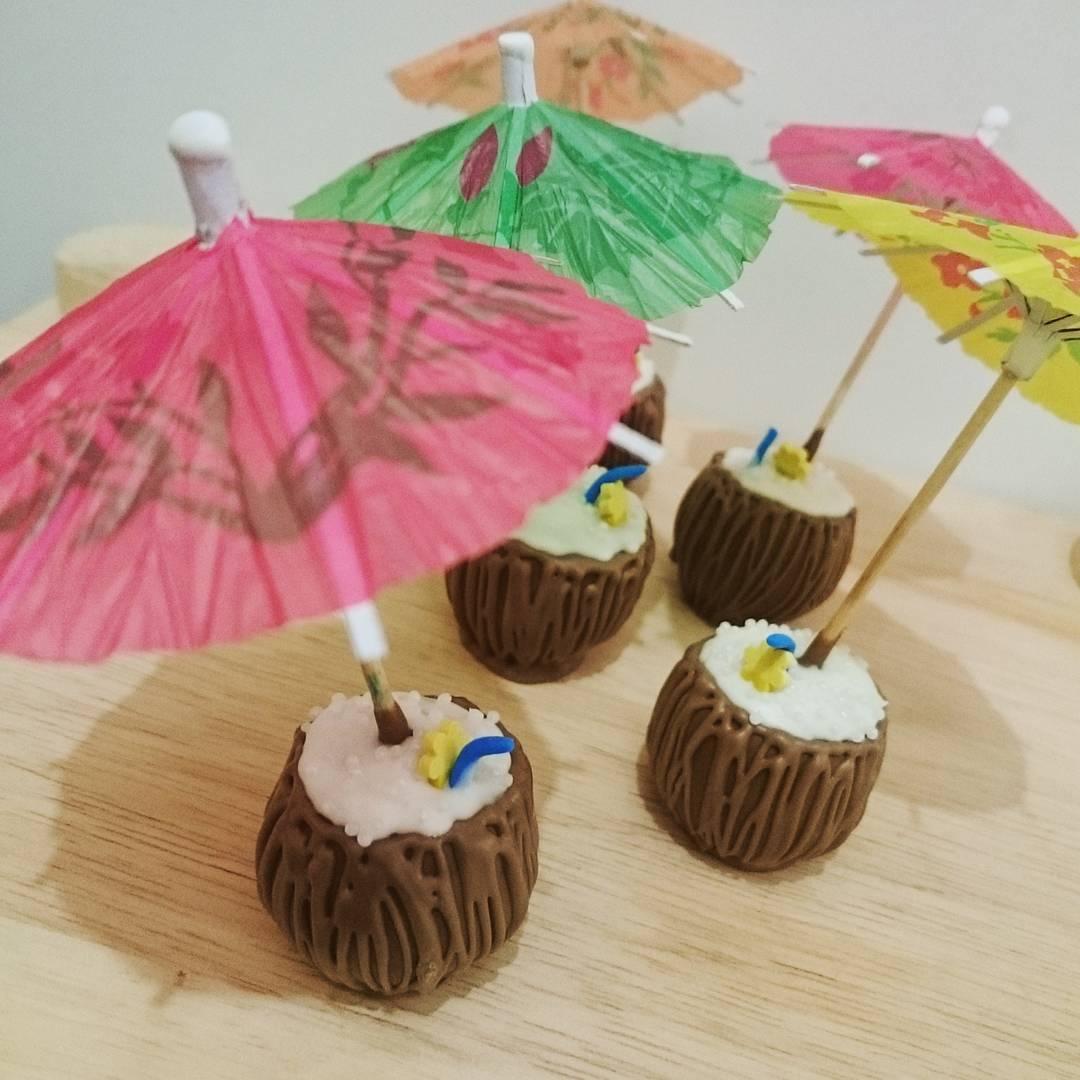 Cocos em cake pops
