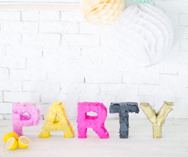 Quando nos falam em festa nós levamos à letra! Vejam só este DIY!
