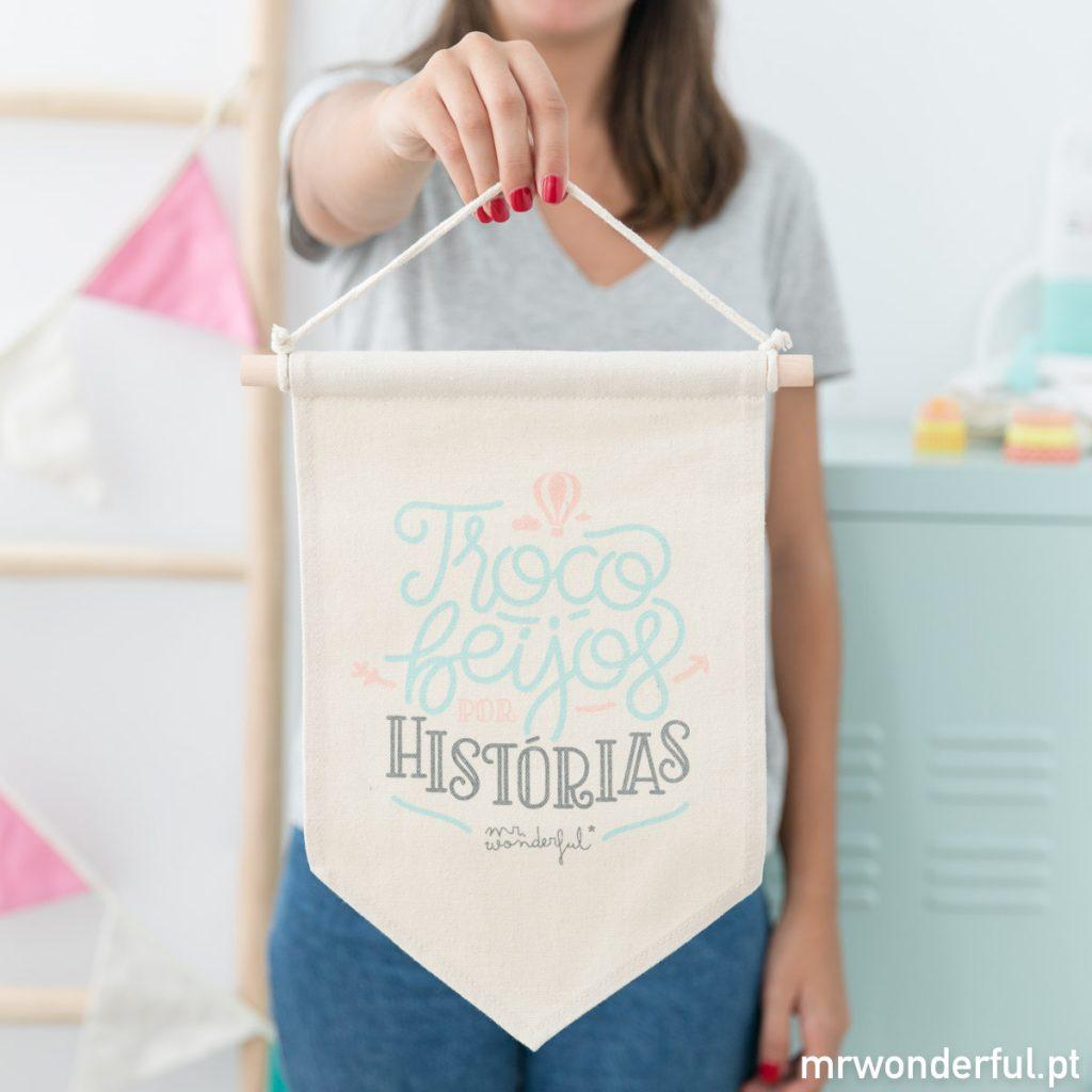 Bandeirinha decorativa para quarto de bebés