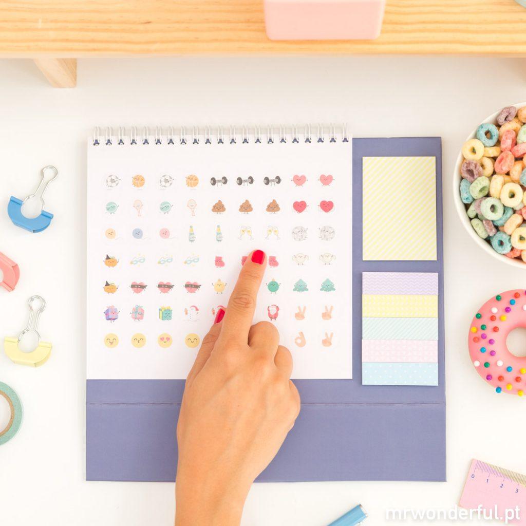 Autocolantes no calendário de mesa Mr. Wonderful 2018