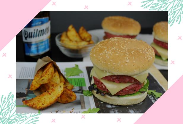 Sai um hambúrguer de beterraba! Aprende a fazer os teus, hoje, no blog!